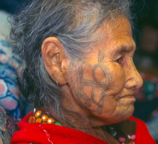 Anna Aghtuqaayak (Qayaghhaq) was the last fully tattooed woman to live on St. Lawrence Island (nose, chin, cheeks, hands, wrists).