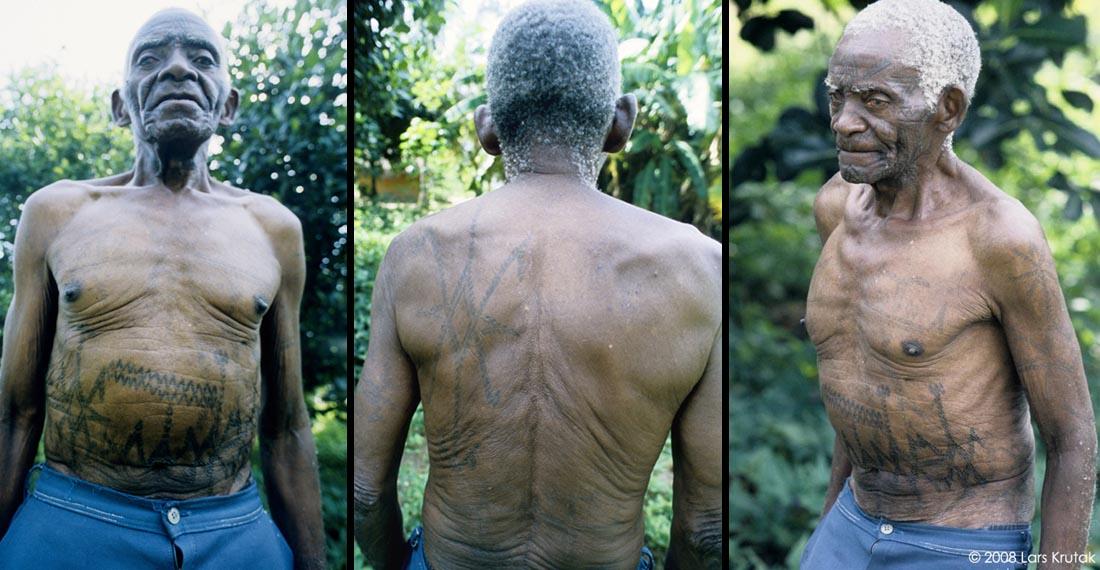 dinembo forbidden tattoos of the makonde of mozambique lars krutak. Black Bedroom Furniture Sets. Home Design Ideas